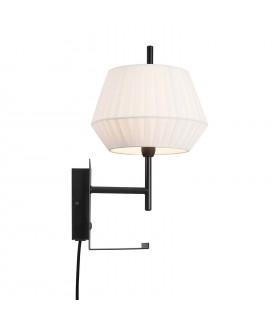 Czarna lampa wisząca w stylu industrialnym Zagreb